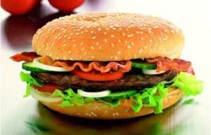 Гамбургеры содержат всего 2% мяса