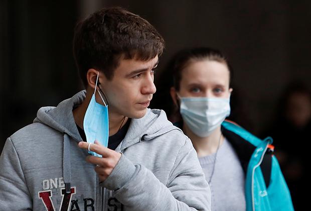 «Некоторые вырабатывают страшное количество вируса»
