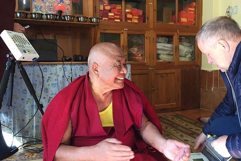 Далай-ламе понадобилось сближать религию и науку